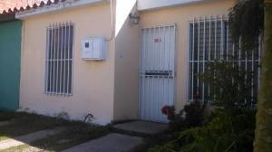 Casa En Venta En Cabudare, La Mora, Venezuela, VE RAH: 17-10404