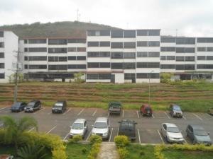 Apartamento En Venta En Los Teques, Municipio Guaicaipuro, Venezuela, VE RAH: 17-10399