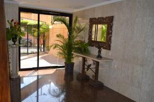 Apartamento En Venta En Maracaibo, Colonia Bella Vista, Venezuela, VE RAH: 17-10423