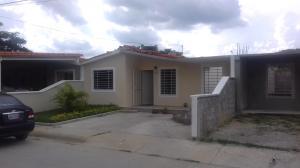 Casa En Venta En Barquisimeto, Terrazas De La Ensenada, Venezuela, VE RAH: 17-10437