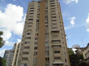 Apartamento En Venta En Caracas - El Marques Código FLEX: 17-10444 No.0