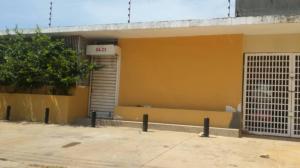 Local Comercial En Alquiler En Maracaibo, Santa Rita, Venezuela, VE RAH: 17-10899