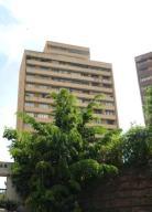 Apartamento En Venta En Caracas, El Marques, Venezuela, VE RAH: 17-10479