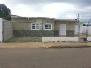 Casa En Venta En Ciudad Ojeda, Los Samanes, Venezuela, VE RAH: 17-10484