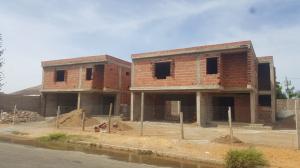 Townhouse En Venta En Punto Fijo, Campo Maraven, Venezuela, VE RAH: 17-10487