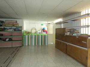 Local Comercial En Alquiler En Maracay, La Coromoto, Venezuela, VE RAH: 17-10485