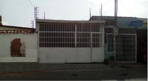 Casa En Venta En Maracaibo, Circunvalacion Uno, Venezuela, VE RAH: 17-10507