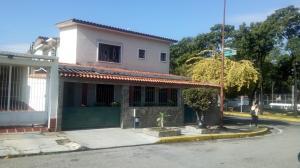 Casa En Ventaen Valencia, Trigal Norte, Venezuela, VE RAH: 17-11411