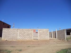 Terreno En Venta En Coro, La Paz, Venezuela, VE RAH: 17-10550