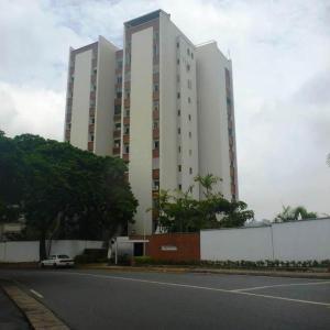 Apartamento En Venta En Caracas, Las Mesetas De Santa Rosa De Lima, Venezuela, VE RAH: 17-10553