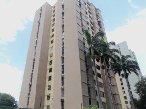 Apartamento En Venta En Municipio Naguanagua, Casco Central, Venezuela, VE RAH: 17-10554