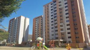 Apartamento En Venta En Municipio Naguanagua, Palma Real, Venezuela, VE RAH: 17-10560