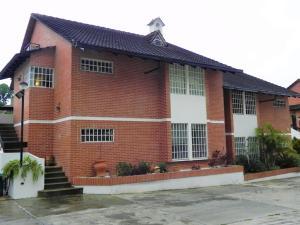 Casa En Ventaen San Antonio De Los Altos, El Picacho, Venezuela, VE RAH: 17-10564