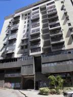 Apartamento En Ventaen Los Teques, Los Teques, Venezuela, VE RAH: 17-10572