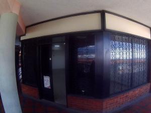 Oficina En Alquiler En Intercomunal Maracay-Turmero, Intercomunal Turmero Maracay, Venezuela, VE RAH: 17-10686