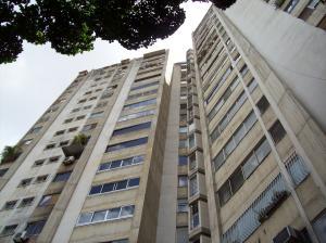 Apartamento En Venta En Caracas, El Recreo, Venezuela, VE RAH: 17-10595