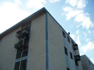Apartamento En Ventaen Maracaibo, Avenida Goajira, Venezuela, VE RAH: 17-10589