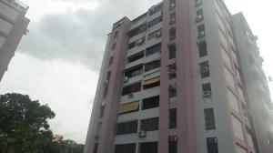 Apartamento En Venta En Valencia, Agua Blanca, Venezuela, VE RAH: 17-10617