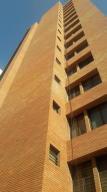 Apartamento En Venta En Maracaibo, Colonia Bella Vista, Venezuela, VE RAH: 17-10596