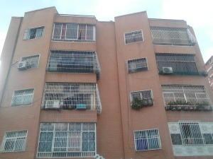 Apartamento En Venta En Caracas, Parroquia Santa Rosalia, Venezuela, VE RAH: 17-10601