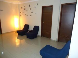 Oficina En Alquiler En Maracaibo, Pueblo Nuevo, Venezuela, VE RAH: 17-10622