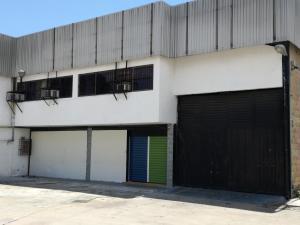 Galpon - Deposito En Alquileren Municipio San Diego, Castillito, Venezuela, VE RAH: 17-10630