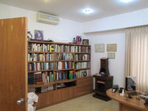 Apartamento En Venta En Caracas En La Castellana - Código: 17-10725