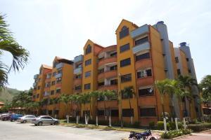 Apartamento En Alquiler En Municipio San Diego, Poblado De San Diego, Venezuela, VE RAH: 17-10648