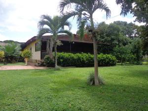 Casa En Venta En La Victoria, La Guacamaya, Venezuela, VE RAH: 17-10649
