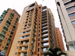 Apartamento En Venta En Valencia, La Trigaleña, Venezuela, VE RAH: 17-10667