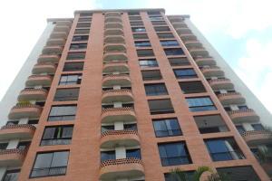 Apartamento En Venta En Valencia, El Bosque, Venezuela, VE RAH: 17-10684