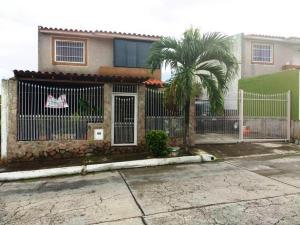 Casa En Venta En Charallave, Colinas De Betania, Venezuela, VE RAH: 17-10698
