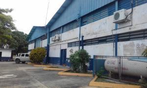Galpon - Deposito En Alquiler En Valencia, Flor Amarillo, Venezuela, VE RAH: 17-10693