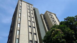 Apartamento En Venta En Maracaibo, Avenida Bella Vista, Venezuela, VE RAH: 17-10694