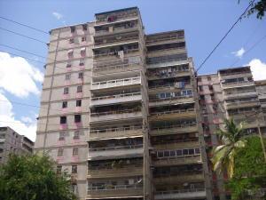Apartamento En Venta En Guarenas, Menca De Leoni, Venezuela, VE RAH: 17-10718