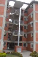 Apartamento En Venta En Guatire, El Ingenio, Venezuela, VE RAH: 17-10764