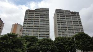 Apartamento En Venta En Caracas, Santa Eduvigis, Venezuela, VE RAH: 17-10727