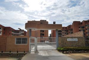 Apartamento En Venta En Boca De Aroa, Boca De Aroa, Venezuela, VE RAH: 17-10735