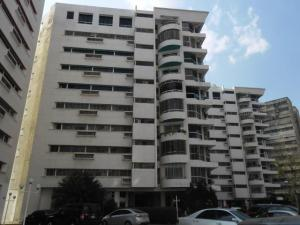 Apartamento En Venta En Municipio Naguanagua, Maã±Ongo, Venezuela, VE RAH: 17-10736