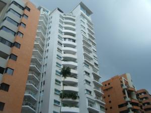 Apartamento En Venta En Valencia, La Trigaleña, Venezuela, VE RAH: 17-10739