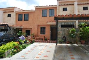 Townhouse En Ventaen Municipio Naguanagua, El Rincon, Venezuela, VE RAH: 17-10745