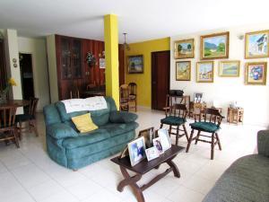 Casa En Venta En Caracas - Horizonte Código FLEX: 17-10805 No.2