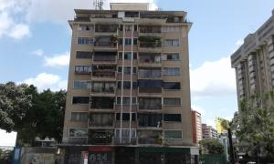 Apartamento En Venta En Caracas, Boleita Norte, Venezuela, VE RAH: 17-10974