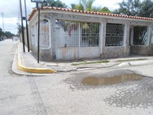 Casa En Venta En Barquisimeto, Parroquia El Cuji, Venezuela, VE RAH: 17-10758