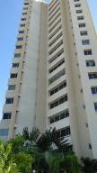 Apartamento En Alquileren Maracaibo, La Lago, Venezuela, VE RAH: 17-10991