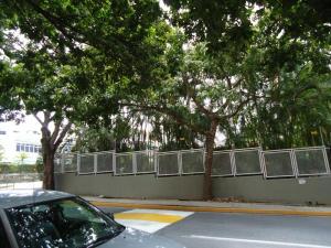 En Venta En Caracas - Colinas de Valle Arriba Código FLEX: 17-10818 No.5