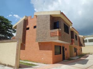 Townhouse En Ventaen Municipio Naguanagua, Manantial, Venezuela, VE RAH: 17-10827