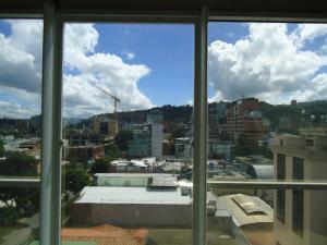 En Venta En Caracas - Las Mercedes Código FLEX: 17-10859 No.16