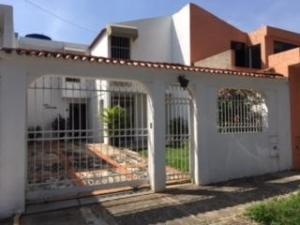 Casa En Venta En Municipio San Diego, La Esmeralda, Venezuela, VE RAH: 17-10874