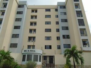 Apartamento En Venta En Valencia, Parque Valencia, Venezuela, VE RAH: 17-10882